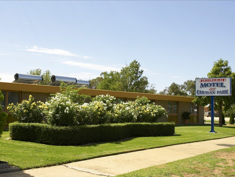 Jerilderie Motel and Caravan Park - Accommodation NT