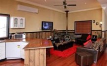 Top of the Range Retreat - Accommodation NT