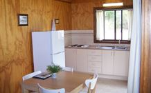 Lake Tabourie Holiday Park - Accommodation NT