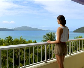 Hamilton Island Reef View Hotel - Accommodation NT