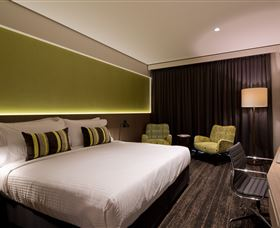 Glen Hotel and Suites - Accommodation NT