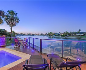 Kurrawa Cove at Vogue Holiday Homes - Accommodation NT