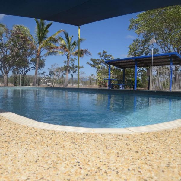 Bluewater Caravan Park - Accommodation NT