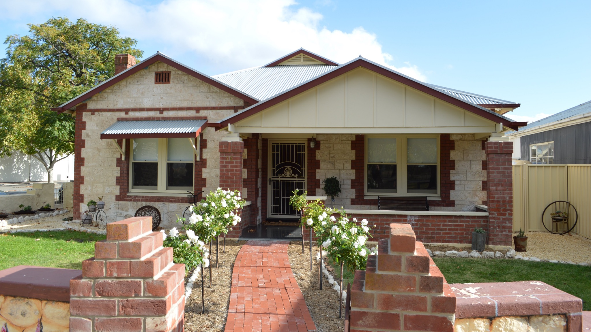 Two Cow Cottage Bed and Breakfast - Accommodation NT