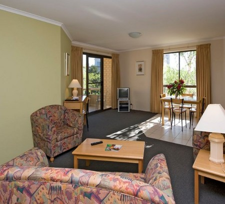 Kingston Court Serviced Apartments - Accommodation NT