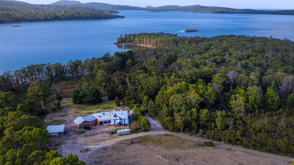 Bruny Island Lodge - Accommodation NT