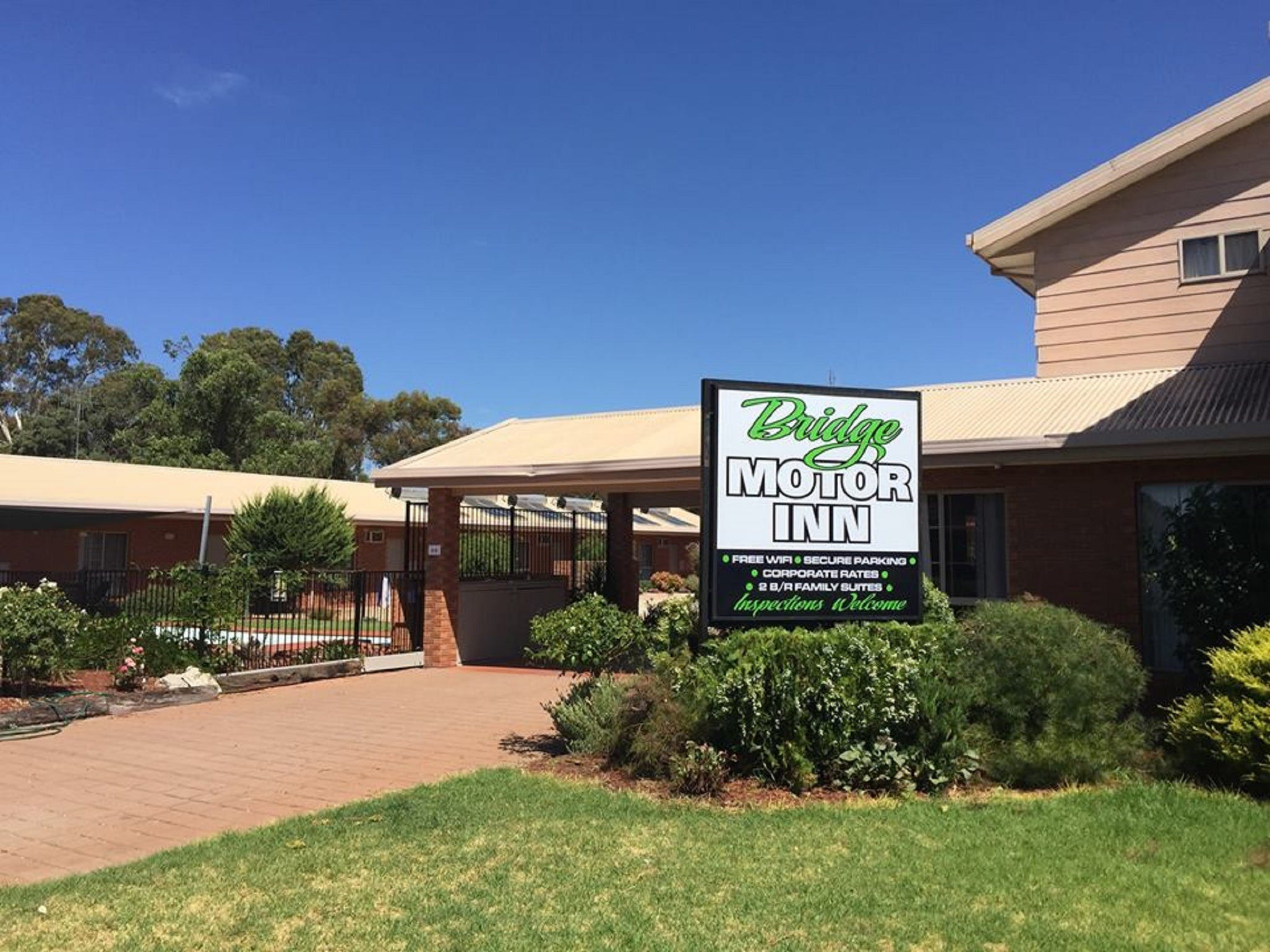 Bridge Motor Inn - Accommodation NT