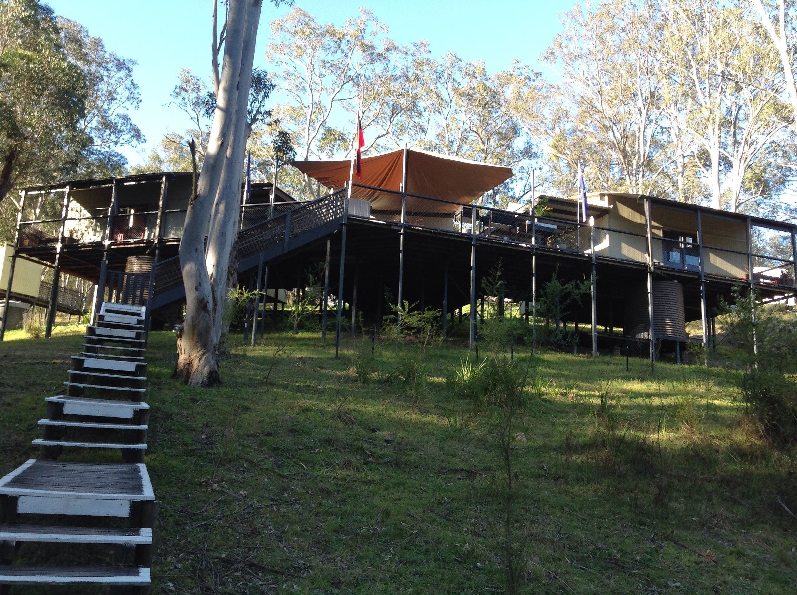 Six Foot Track Lodge - Accommodation NT