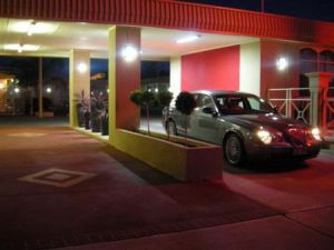 Desert Sand Motor Inn - Accommodation NT