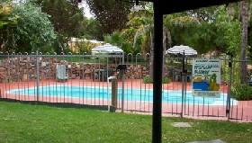 Crokers Park Holiday Resort - Accommodation NT