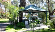 Kelmscott Caravan Park - Accommodation NT