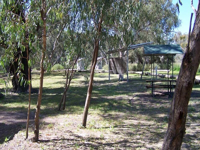 Coach and Horses campground - Accommodation NT