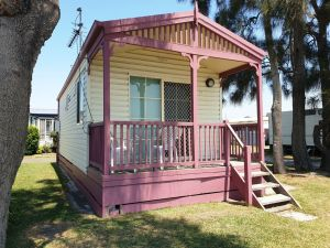 Jettys by the Lake - Accommodation NT