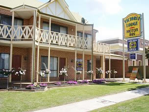 Victoria Lake Holiday Park - Accommodation NT