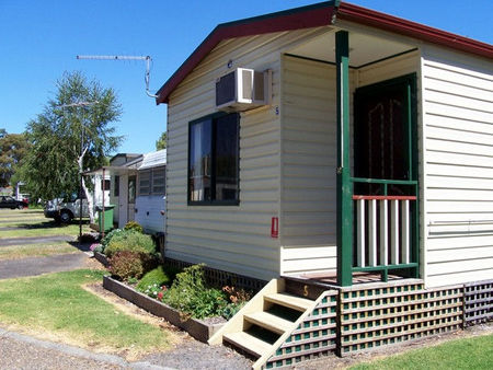 Leongatha Apex Caravan Park - Accommodation NT