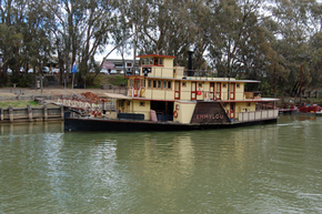 Emmylou Paddle Steamer - Accommodation NT