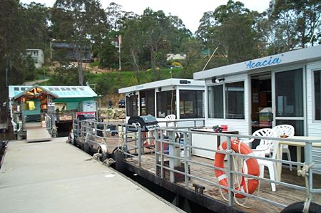 Clyde River Houseboats - Accommodation NT