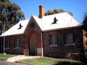 Old Police Station Museum - Accommodation NT