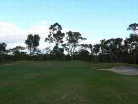 Naracoorte Golf Club - Accommodation NT
