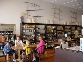 Blond Coffee and Store - Accommodation NT
