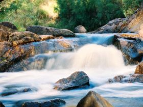 Crows Nest Falls - Accommodation NT