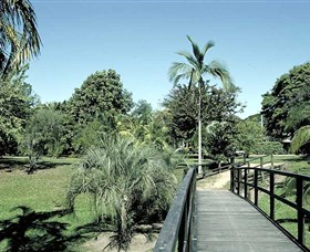 Ingham Memorial Gardens - Accommodation NT