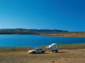 Lake Callide - Accommodation NT