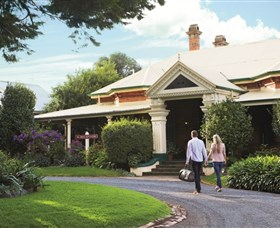 Historical Walk Through Russell Street - Accommodation NT