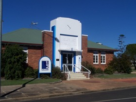 Crows Nest Regional Art Gallery - Accommodation NT