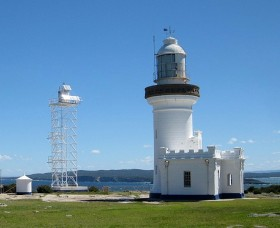 Point Perpendicular Lighthouse and Lookout - Accommodation NT