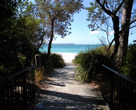 Greenfields Beach - Accommodation NT