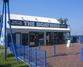 Innes Boatshed - Accommodation NT
