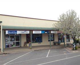 Corryong Newsagency - Accommodation NT