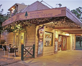 Avoca Beach Picture Theatre - Accommodation NT