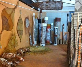 Maningrida Arts and Culture - Accommodation NT