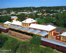 DUNERA  MUSEUM - Hay Internment and Prisoner of War Camps Interpretive Centre - Accommodation NT
