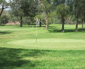 Wiradjuri Golf Centre - Accommodation NT