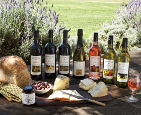 Rosnay Organic Farm and Vineyard - Accommodation NT