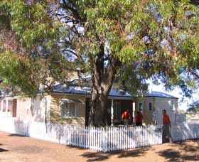 Australian Inland Mission Hospital - Accommodation NT