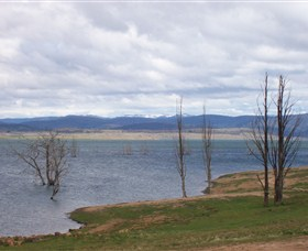 Lake Eucumbene - Accommodation NT