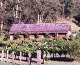 Undercliff Winery and Gallery - Accommodation NT