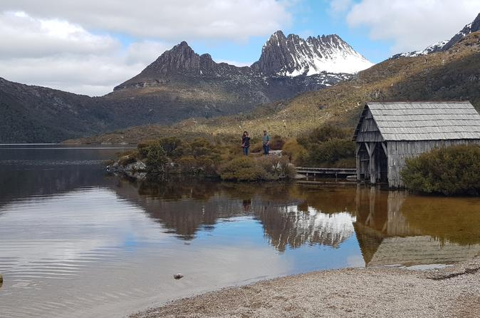 Small-Group Cradle Mountain Day Tour from Devonport Ulverstone or Burnie - Accommodation NT