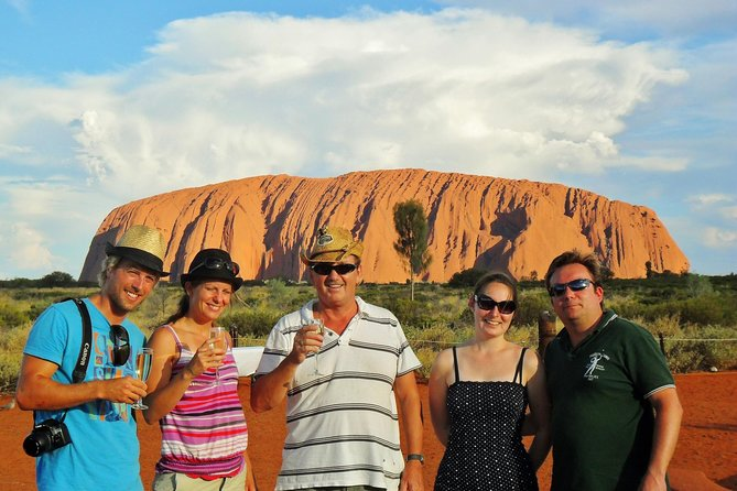 Ayers Rock Day Trip from Alice Springs Including Uluru Kata Tjuta and Sunset BBQ Dinner