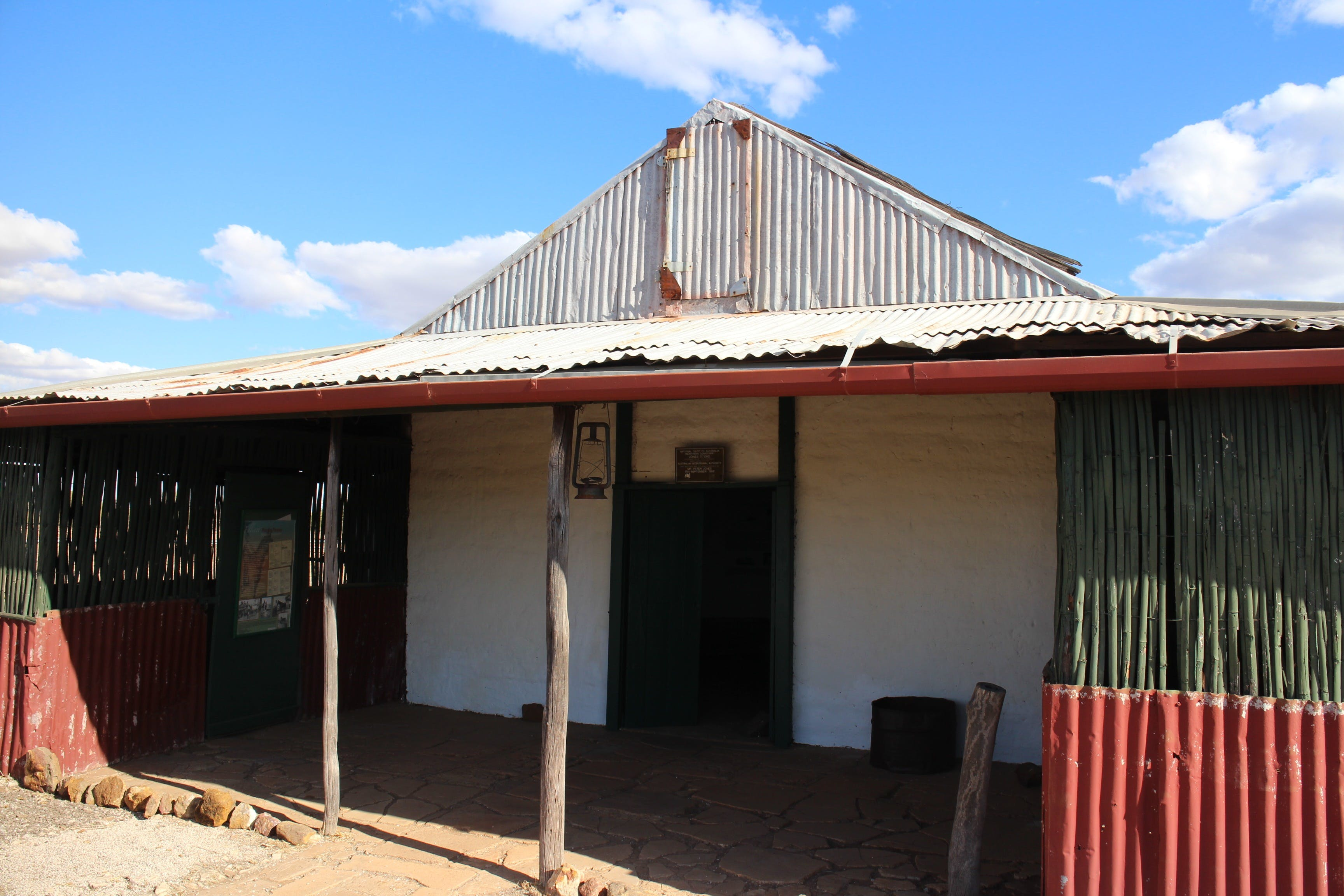 Jones Store - Accommodation NT