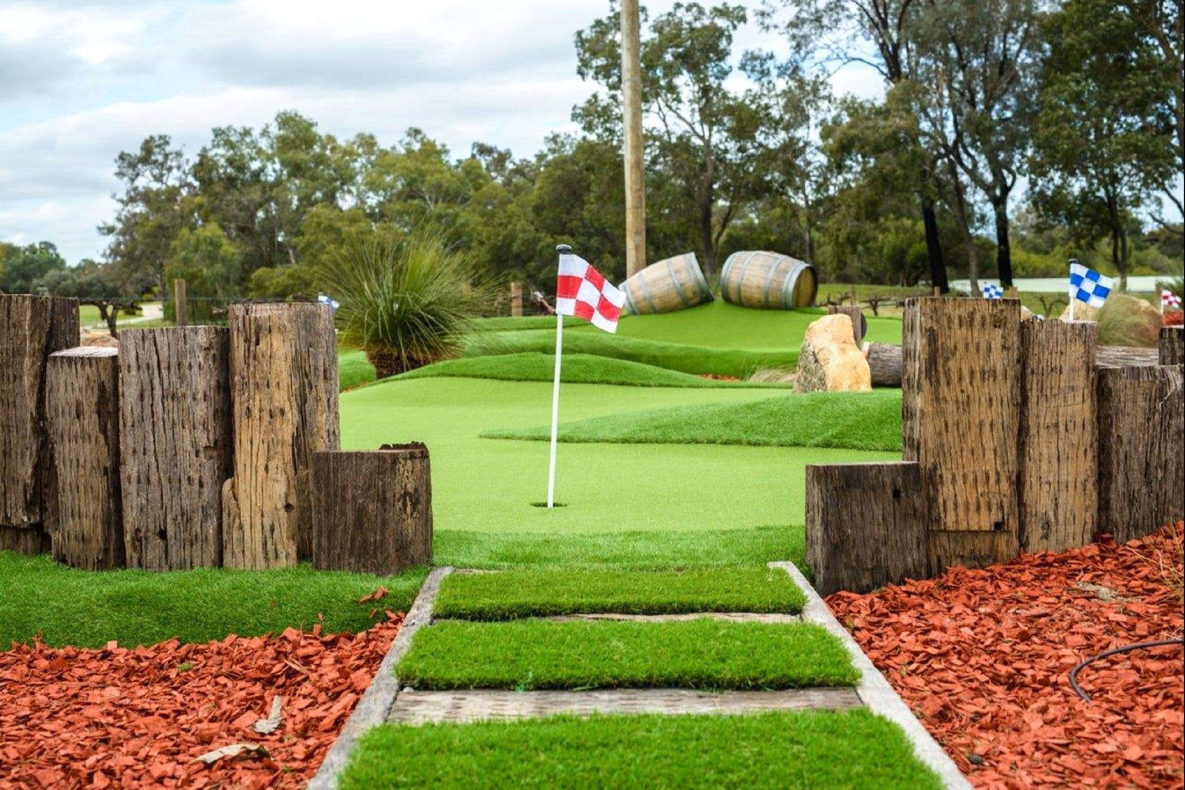 Vines Mini Golf - Accommodation NT