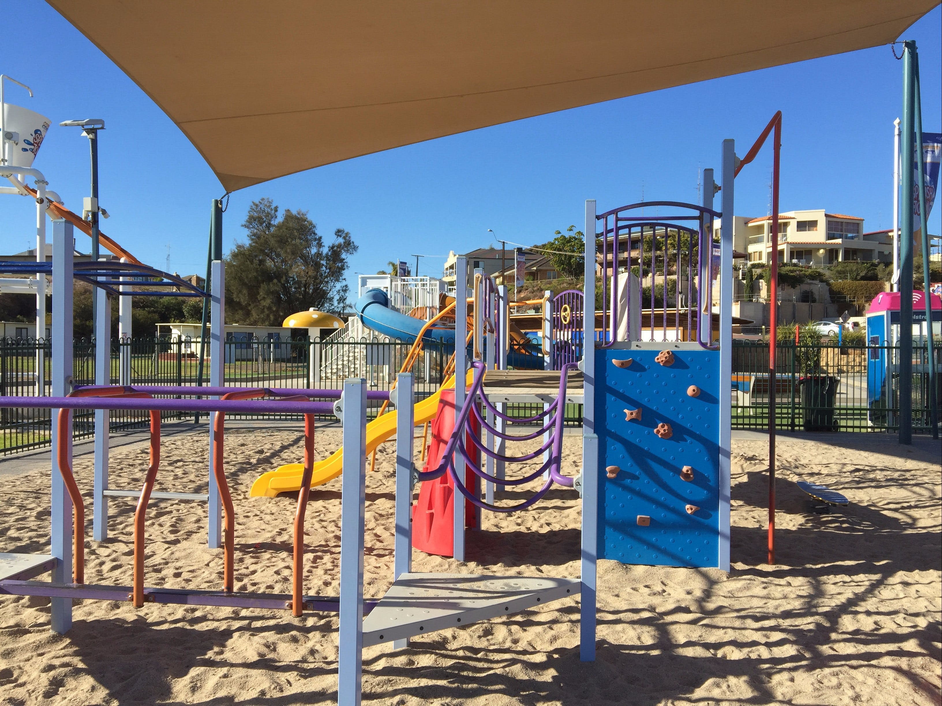 Moonta Bay Playground - Accommodation NT