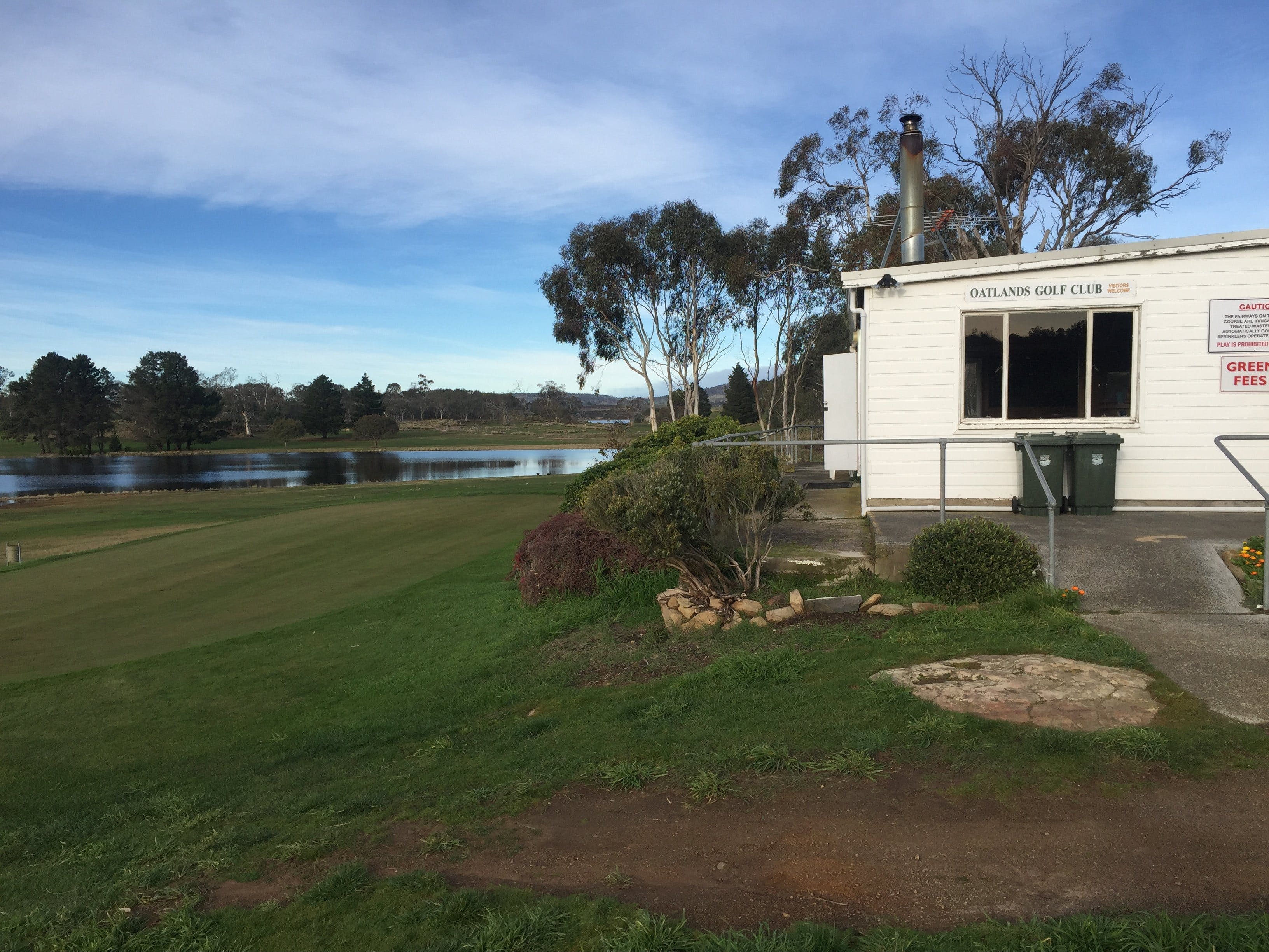 Oatlands Golf Course - Accommodation NT