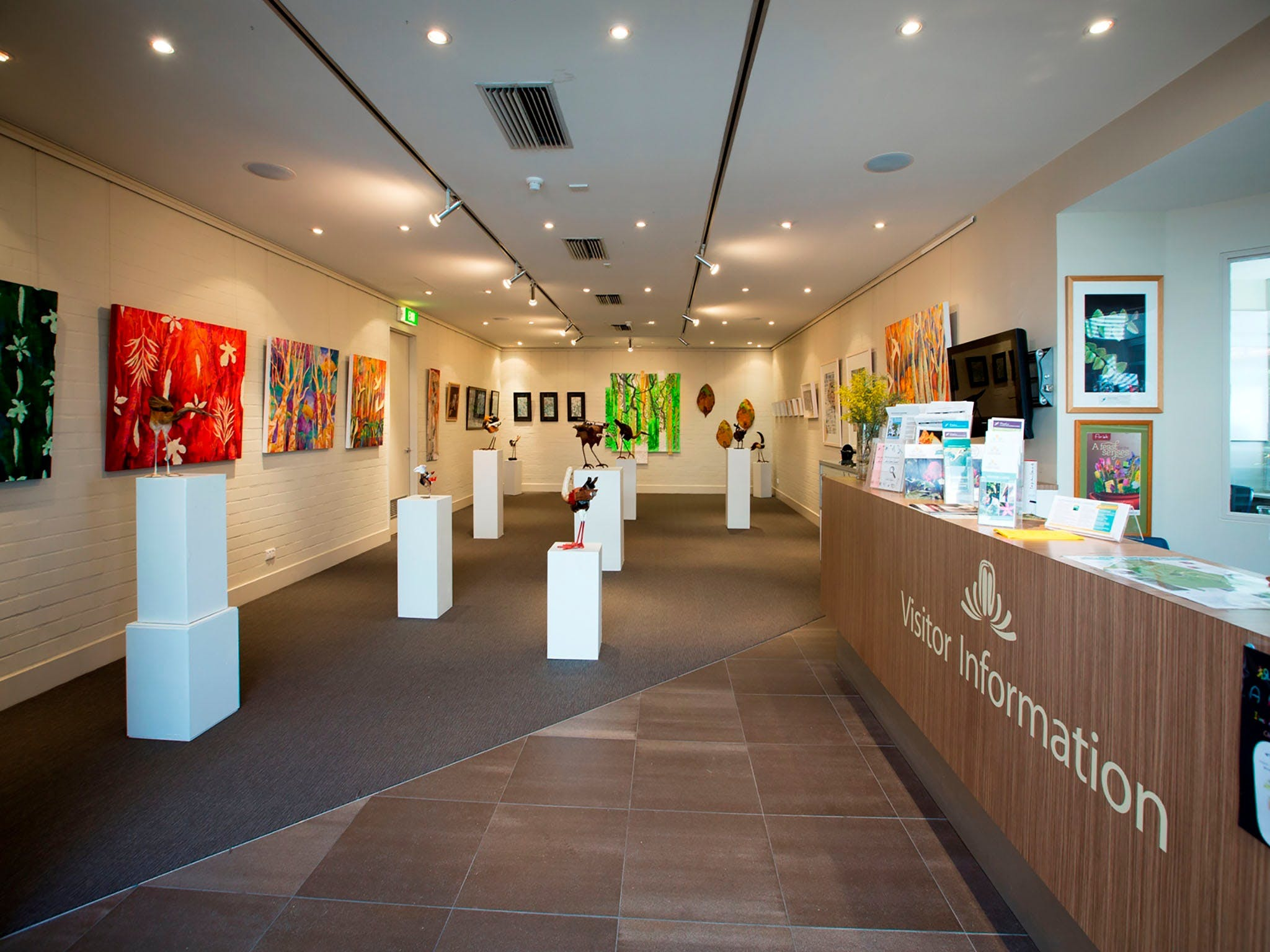 Australian National Botanic Gardens Visitor Centre Gallery - Accommodation NT