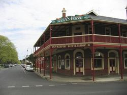 Ryans Hotel - Accommodation NT