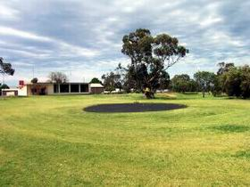 Cleve Golf Club - Accommodation NT